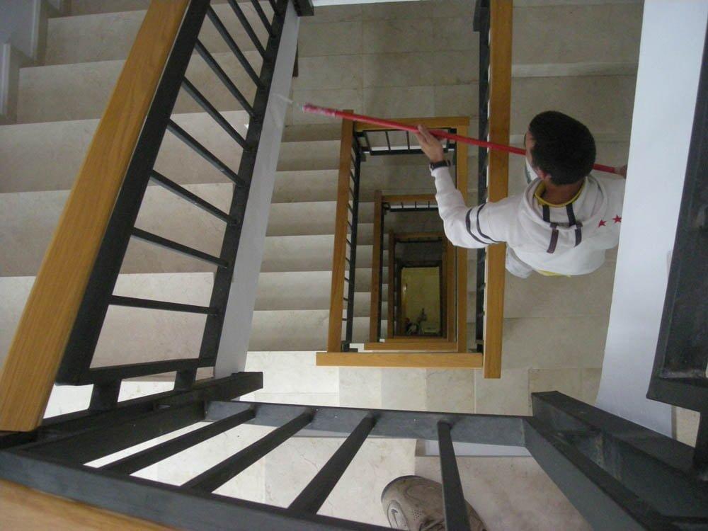Escaleras y vest bulos reforma de vest bulo de comunidad for Escaleras de viviendas